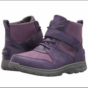Waterproof winter purple Ugg boots -New in box